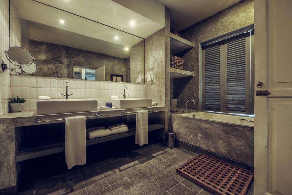 Paradise-Road-Superior-Suite-Bathroom