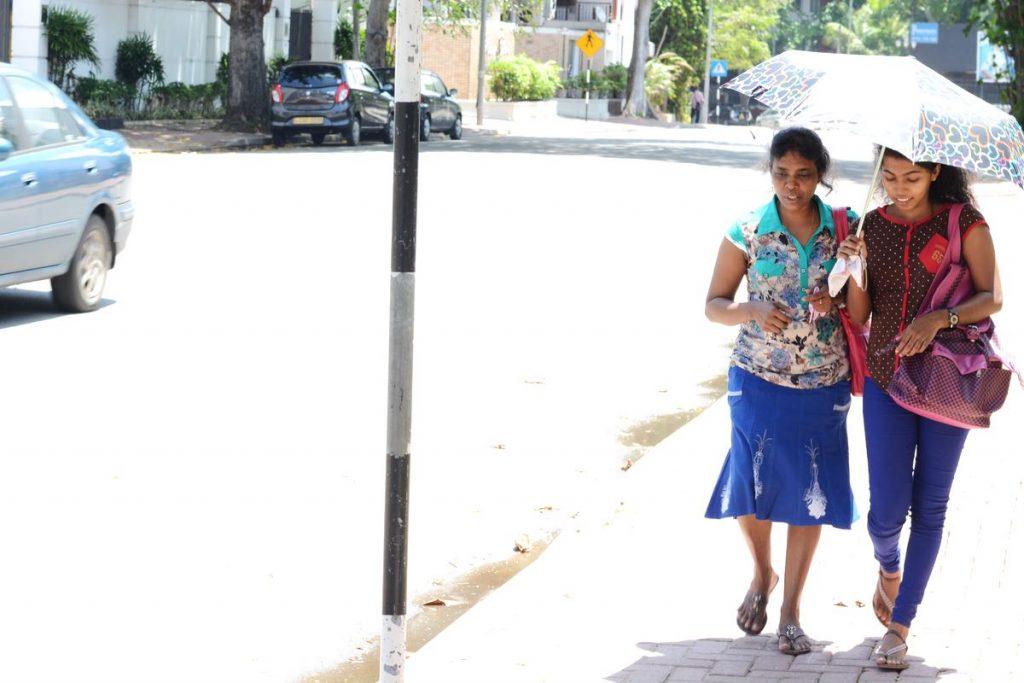 Lanka-Hideaways-Travel-Tips-dress-CREDIT-CHRIS-ROWLANDS