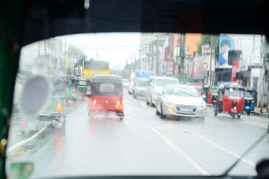 Lanka-Hideaways-Travel-Tips-rain-CREDIT-CHRIS-ROWLANDS
