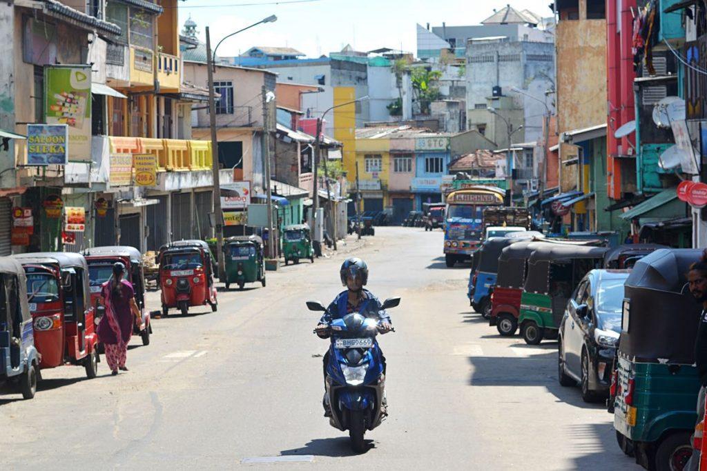 Lanka-Hideaways-Travel-Tips-scooter-CREDIT-CHRIS-ROWLANDS
