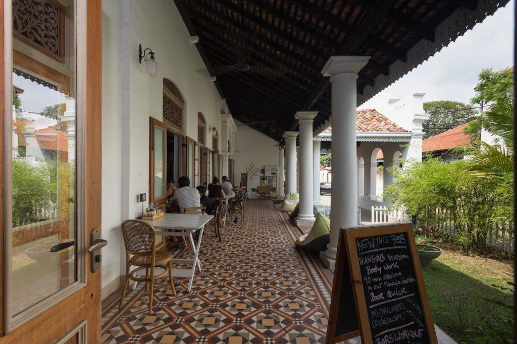 Lanka-Hideaways-Prana-Home-Dining