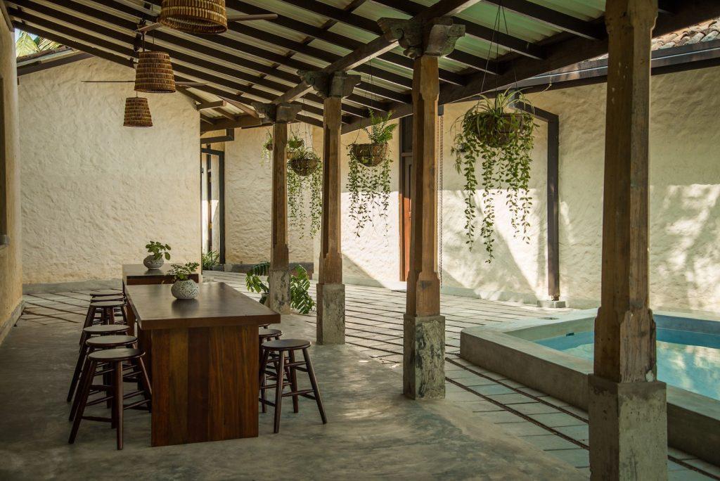 Lanka-Hideaways-Lime-Co-dining1