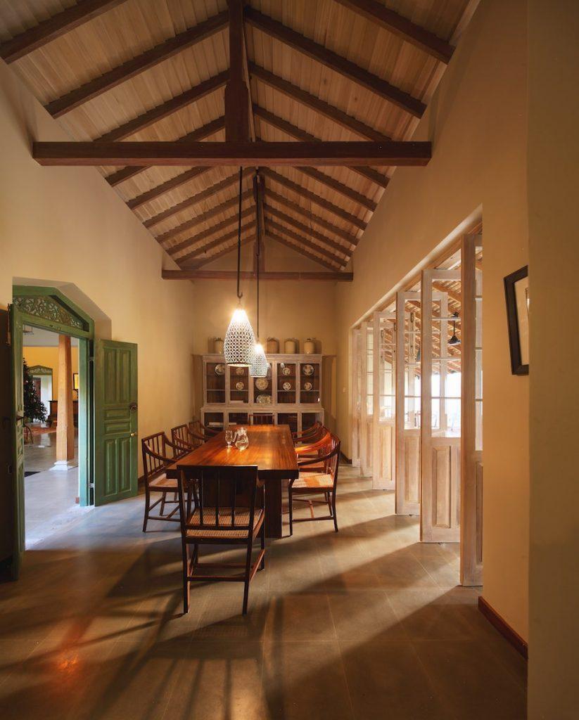 Lanka-Hideaways-Cantaloupe-House-Dining-1
